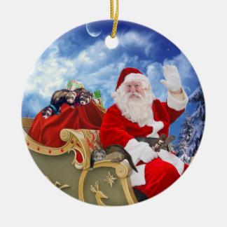Papai Noel e seus enfeites de natal das doninhas