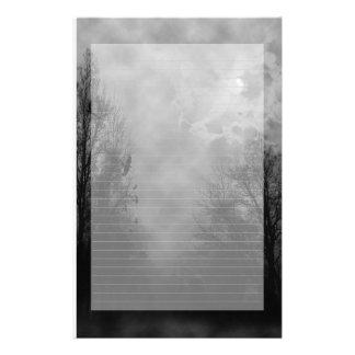 Papel de nota assombrado do céu alinhado papel personalizado