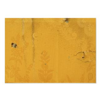 Papel de parede amarelo velho da flor convite personalizado