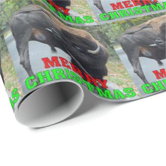 Papel De Presente Bisonte engraçado de Bull do Feliz Natal que lambe