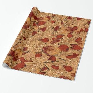 Papel De Presente Folhas de outono molhadas
