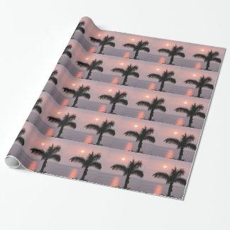 Papel De Presente Por do sol cor-de-rosa tropical e palma