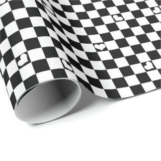 Papel De Presente Verificação preto e branco com detalhe do coração