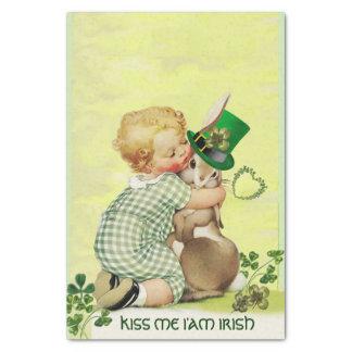Papel De Seda BEBÊ que ABRAÇA o dia de St Patrick do irlandês do