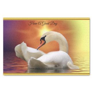 Papel De Seda Cisne branca em um lago com um por do sol