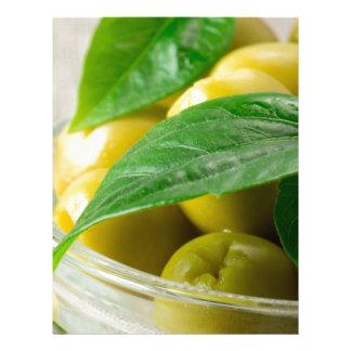Papel Timbrado A ideia macro das azeitonas com verde deixa o