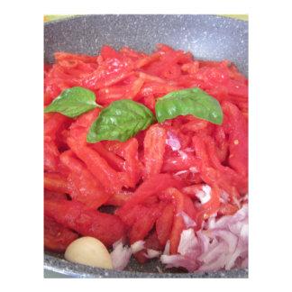 Papel Timbrado Cozinhando o molho de tomate caseiro