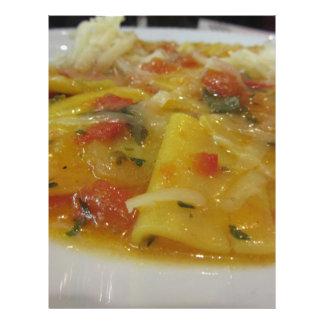 Papel Timbrado Massa caseiro com molho de tomate, cebola,
