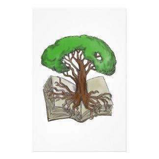 Papelaria Árvore enraizada no tatuagem do livro