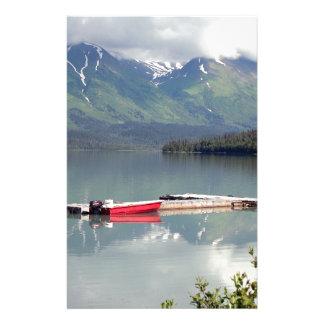 Papelaria Barco no lago trail, Alaska