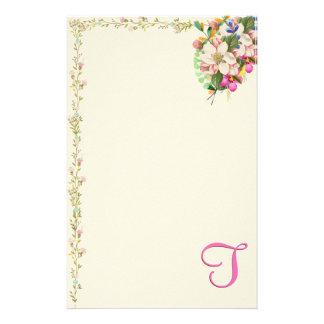 Papelaria Buquê floral do monograma de T