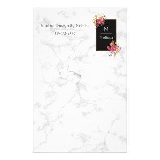Papelaria Buquês de canto florais cor-de-rosa no quadro