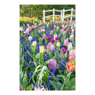 Papelaria Campo de flores com jacintos e ponte das tulipas