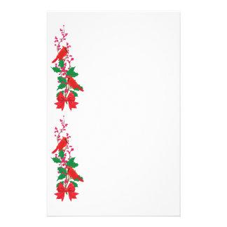 Papelaria Cardeais vermelhos na beira do Natal do azevinho