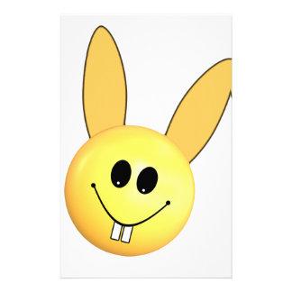 Papelaria Coelho feliz do smiley para a páscoa