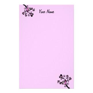 Papelaria Corações cor-de-rosa bonito em pontos enrolados