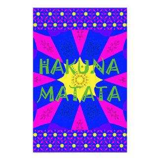 Papelaria Cores surpreendentes bonitas do design de Hakuna