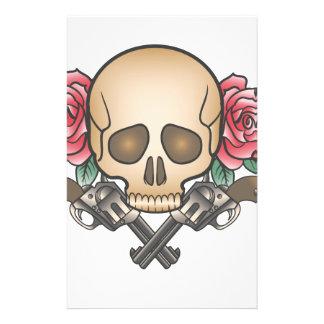 Papelaria crânio com armas e flores do vintage