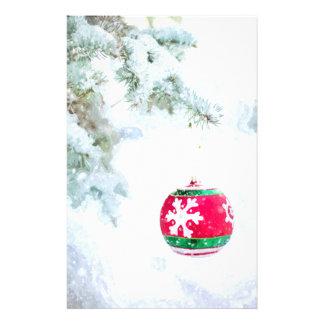 Papelaria Do pinho vermelho do ornamento do Natal clássico