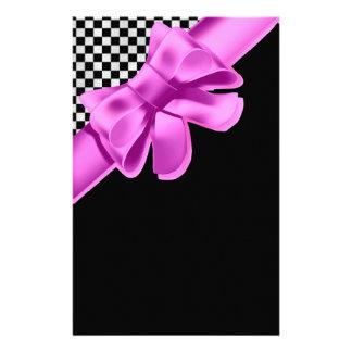 Papelaria Grupo preto & branco do arco do rosa do tabuleiro