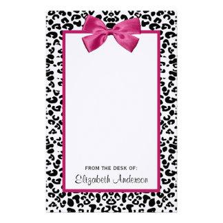 Papelaria Impressão cor-de-rosa escuro Vivacious do leopardo