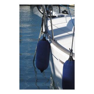 Papelaria Lado esquerdo do barco de navigação com os dois
