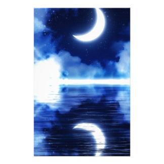 Papelaria Lua crescente sobre o céu estrelado