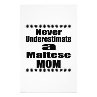 Papelaria Nunca subestime a mamã maltesa
