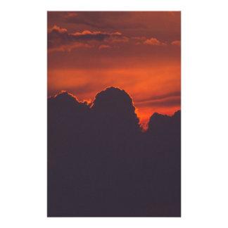 Papelaria Nuvens alaranjadas roxas do por do sol