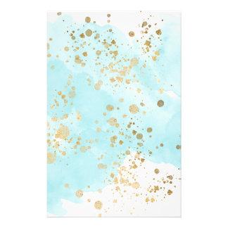 Papelaria O azul etéreo nubla-se o Spatter do ouro
