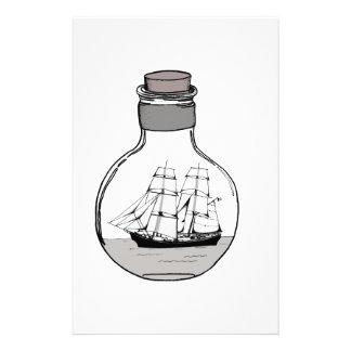 Papelaria O navio no bulbo de vidro