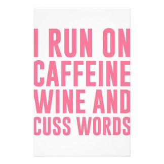 Papelaria O vinho da cafeína & Cuss palavras