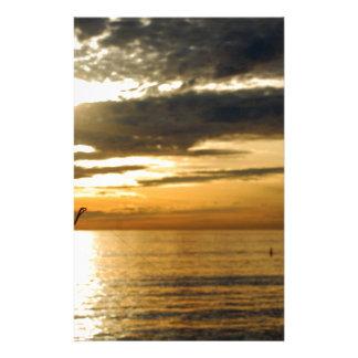 Papelaria por do sol pacífico dourado