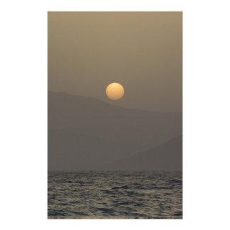 Papelaria Por do sol sobre montanhas da ilha de Paros