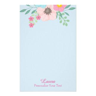 Papelaria Rosa e floral azul