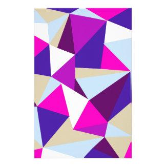 Papelaria teste padrão azul cor-de-rosa roxo do triângulo