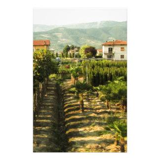 Papelaria Vinho crescente no impressão da foto de Toscânia