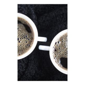 Papelaria Vista superior de duas chávenas de café pequenas