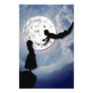 Papelaria voe-me ao universo do corte do papel da lua