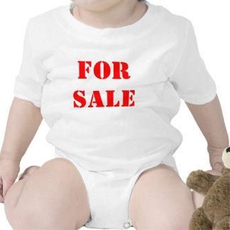 Para a venda camisetas