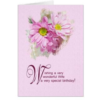 Para uma esposa, um cartão de aniversário com marg