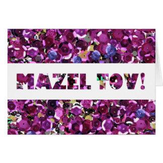 Parabéns cor-de-rosa de Mazel Tov dos Sequins Cartão Comemorativo