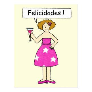 Parabéns no espanhol, senhora em um bolo cartão postal