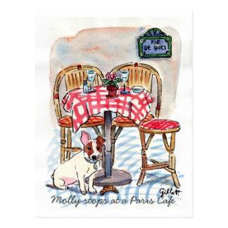 Paradas de Molly em um cartão do café de Paris