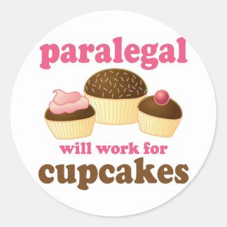 Paralegal do cupcake adesivo redondo