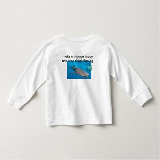 pare a camisa finning do tubarão