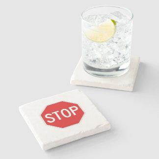 Pare o sinal porta-copos de pedra