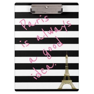 Paris é sempre uma prancheta listrada boa ideia
