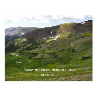 Parque nacional de montanha rochosa cartão postal