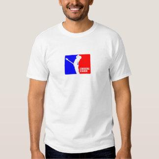 Parte superior da guarda de cruzamento das t-shirts